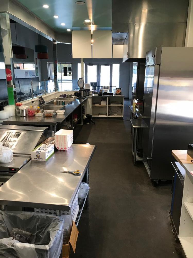 Poke Loco Kitchen