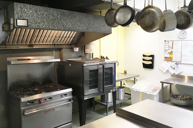 Crowded Kitchen Community Cookhouse In Lancaster The