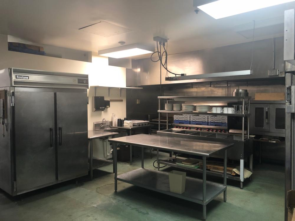 COMMERICAL KITCHEN IN HOTEL